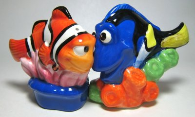Marlin And Dory Magnetized Salt And Pepper Shaker Set From