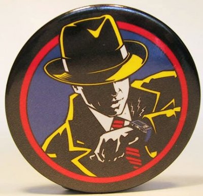 Dick Tracy button