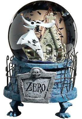 Zero musical snowglobe, with bats-shaped snow