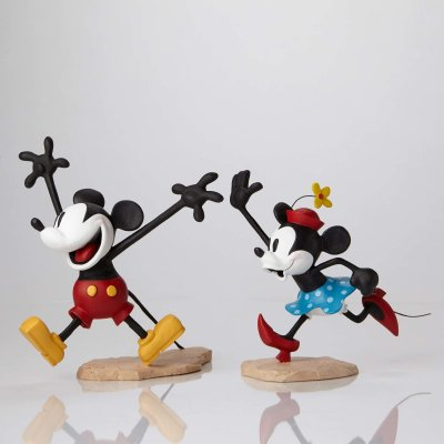 Mickey and Minnie Mouse color maquette set (WDAC)