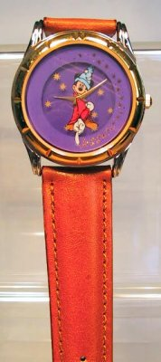 Mickey Mouse as the Sorcerer's Apprentice watch (Fantasma)