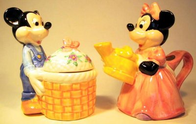 Mickey Mouse sugar bowl & Minnie Mouse creamer set