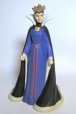 'Black as Night' - Evil Queen figurine, from Disney's 'Snow White and the Seven Dwarfs'
