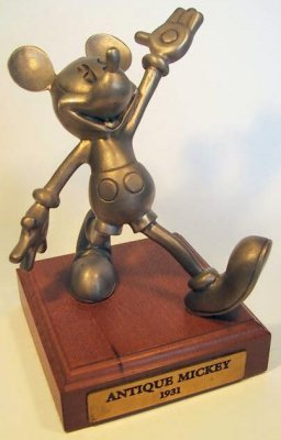 Pie-eyed Mickey Mouse large pewter figure