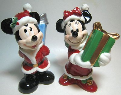 mickey mouse and minnie mouse exchanging christmas gifts salt and pepper shaker set - Christmas Salt And Pepper Shakers