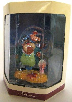 Walrus Amp Carpenter Amp Baby Oyster Miniature Figure Tk