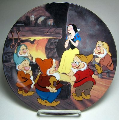 Fireside love story decorative plate