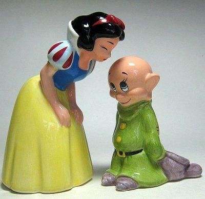 Snow White and Dopey salt + pepper shaker set