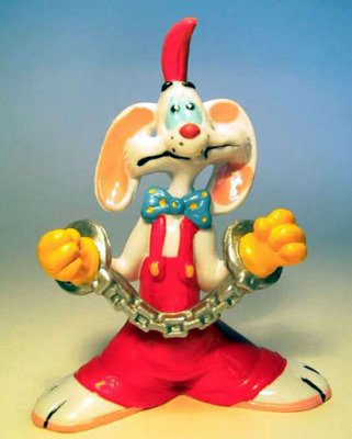Roger Rabbit in chains PVC figure
