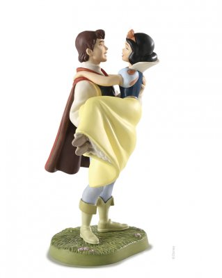 'Fairy Tale Ending' - Snow White and prince figurine (Walt Disney Classics Collection)