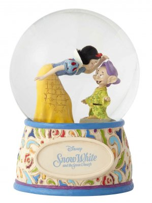 PRE-ORDER: Snow White and Dopey Disney snowglobe / waterball (2018)
