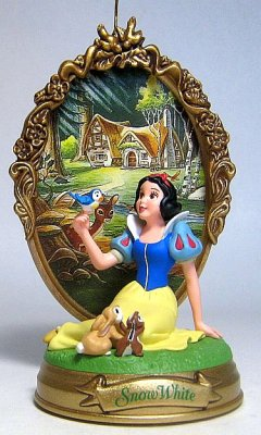 Snow White With Backdrop Ornament Hallmark From Our Christmas Collection Disney Collectibles