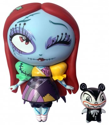 PRE-ORDER: Sally holiday Disney figurine with Scary Teddy (Miss Mindy)