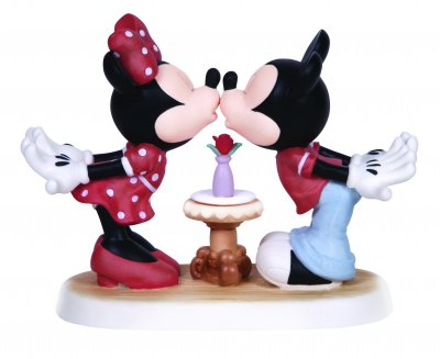 'Love At First Kiss - Mickey and Minnie Mouse kissing figurine