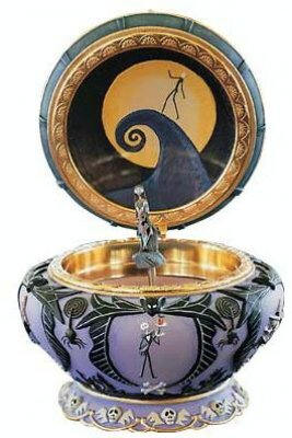 ... Nightmare Before Christmas Musical boxes > Sally musical jewelry box
