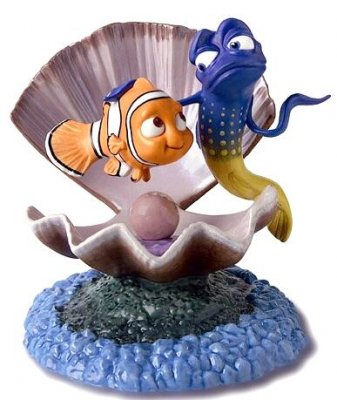 'I'm from the ocean' - Nemo and Gurgle figurine (WDCC)